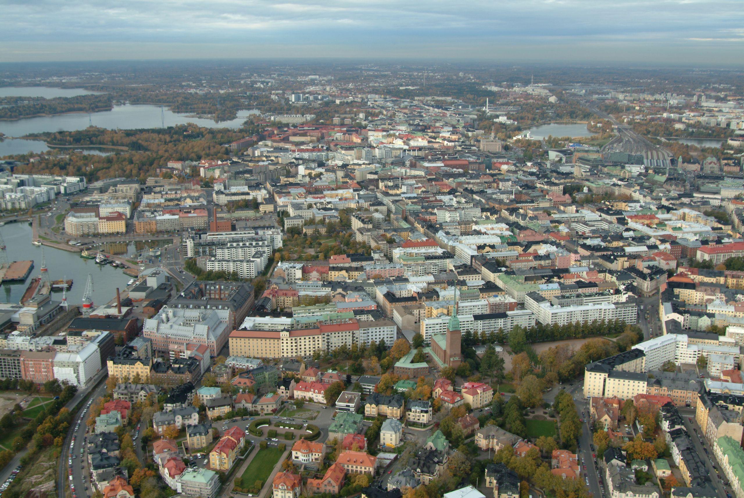 Cover for article 'Työssä oppien – Portti tulevaisuuteen Helsingissä'