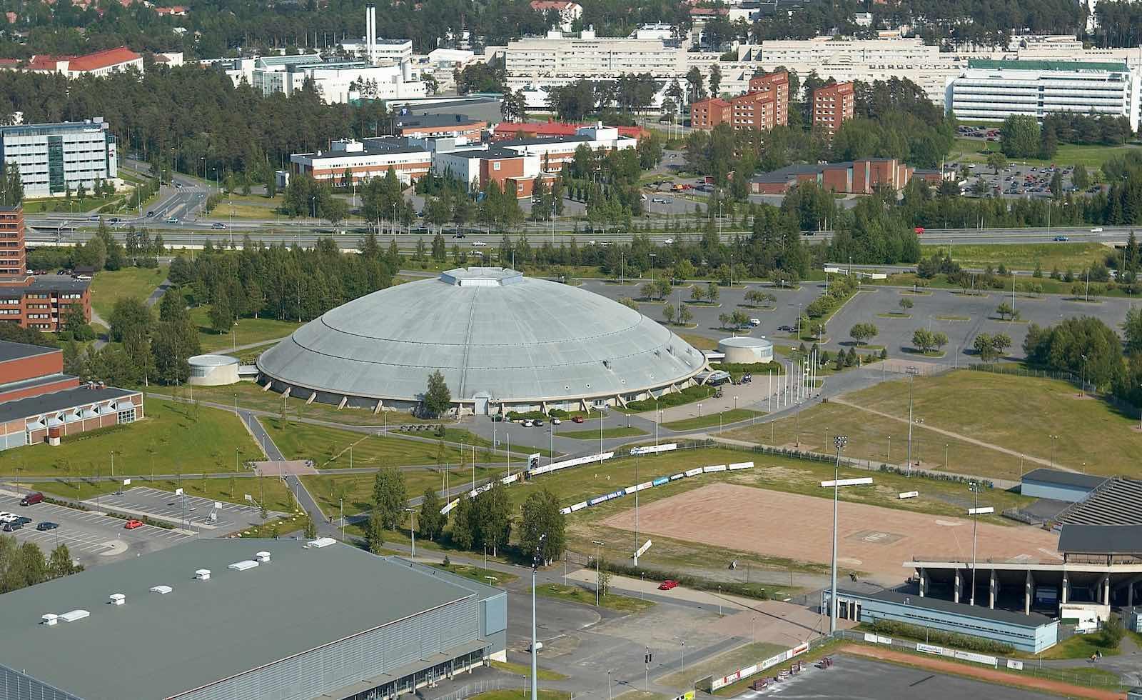 Cover for article 'Hipan ajankohtaistapahtuma yhteisöllisestä ja välimuotoasumisesta  Oulussa'