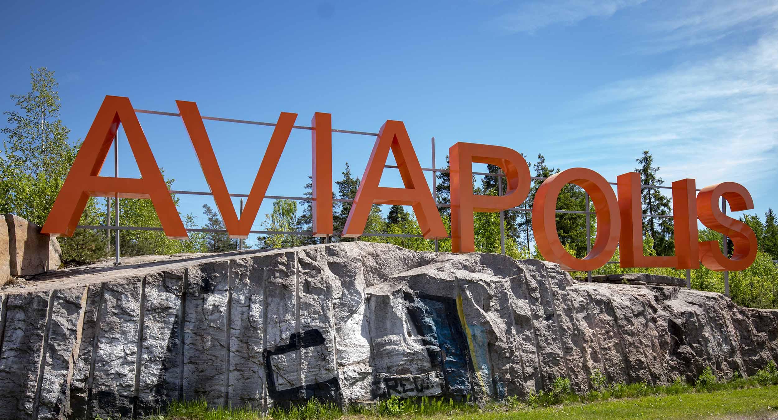Cover for article 'Vantaa hakee älykkäitä liikkumisen ratkaisuja ja palveluja Aviapolikseen'