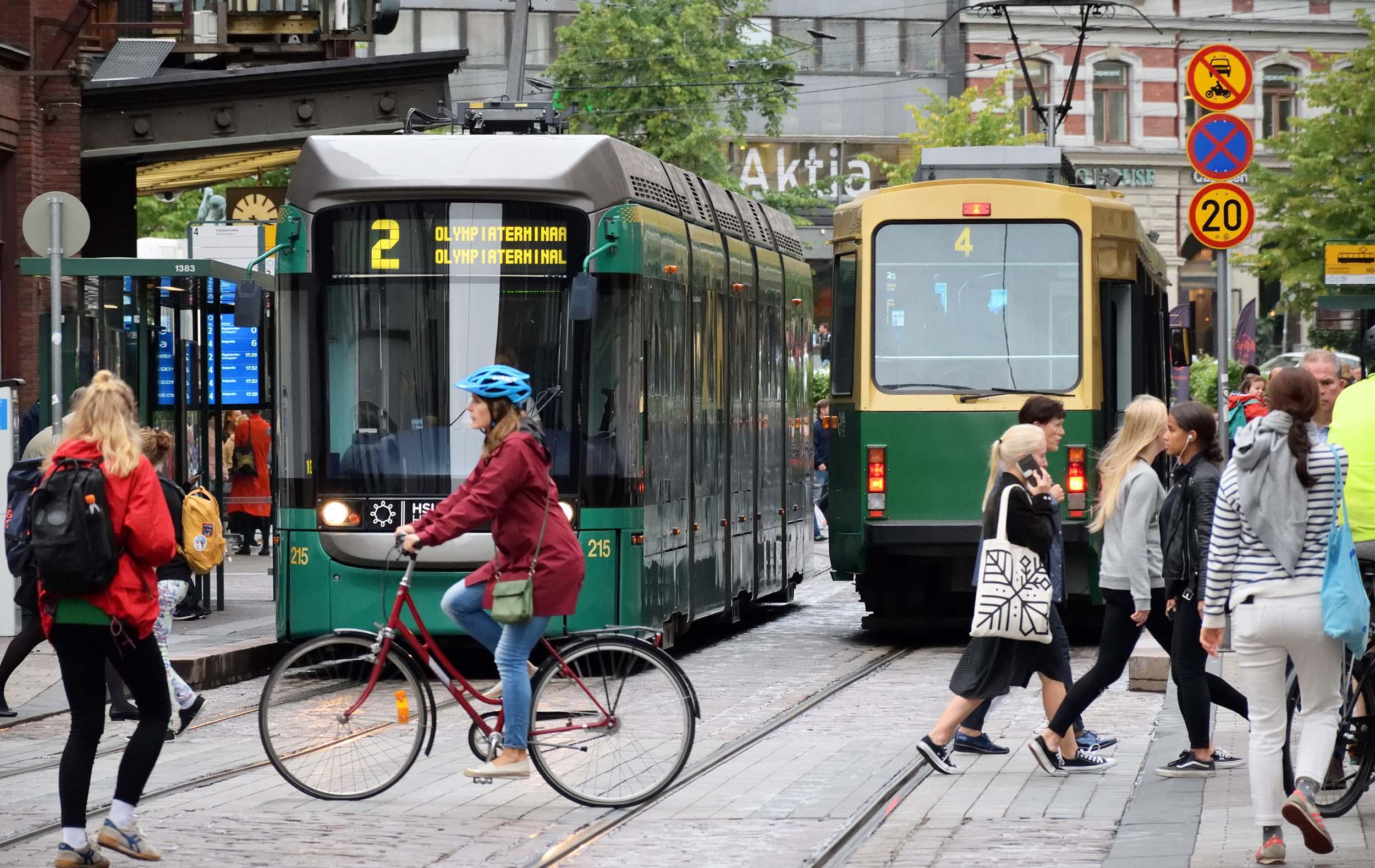 Cover for article 'Kaupungit ovat paljon vartijoina ilmastotavoitteiden saavuttamisessa – energiaratkaisut avainasemassa'