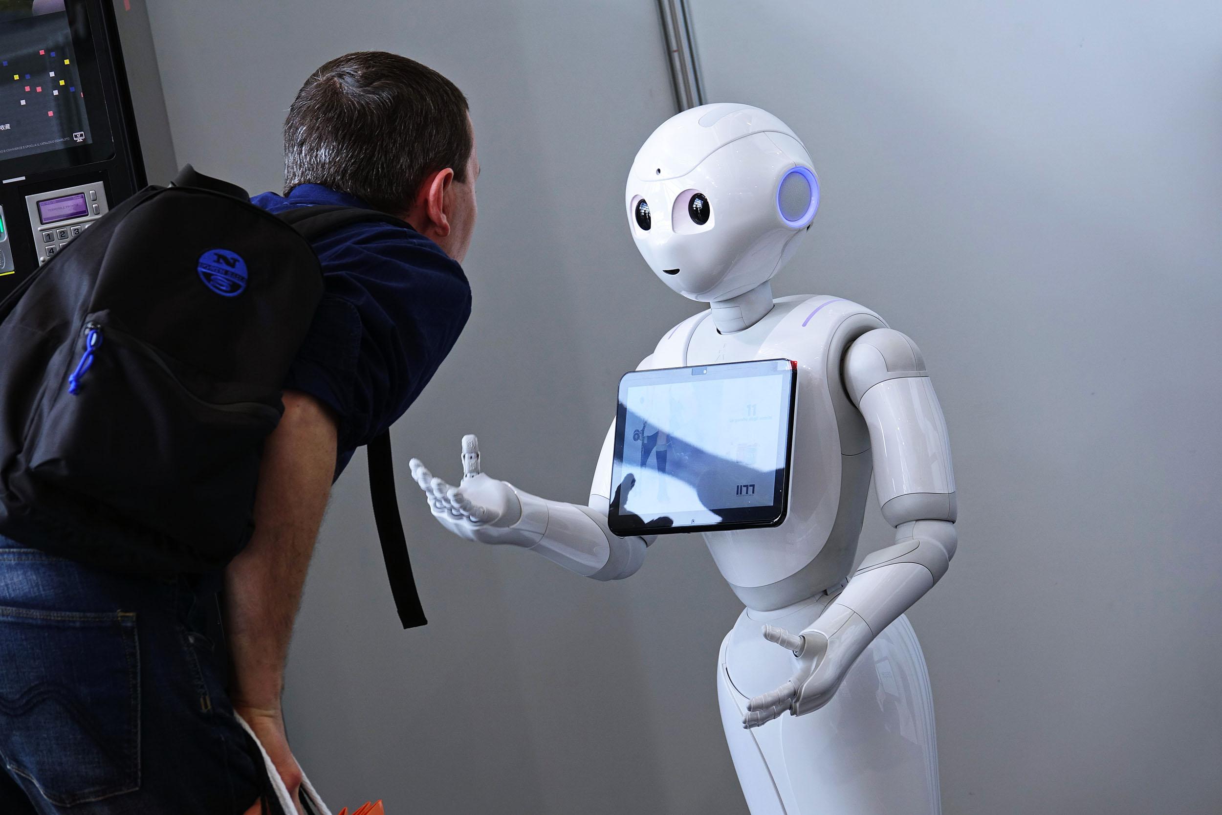 Cover for article 'Robotiikka muuttaa yritysten toimintaa – kaikkien on vähintäänkin seurattava alan kehitystä'
