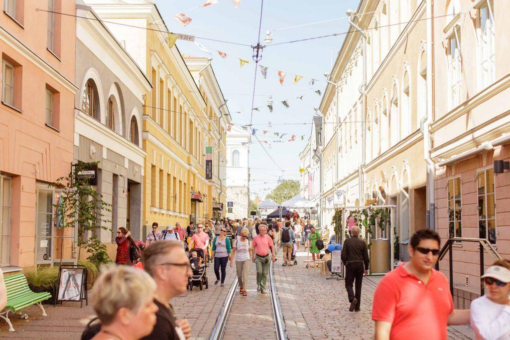 Cover for article 'Näin 6Aika on vaikuttanut kuutoskaupunkeihin: Helsingissä kaupunki toimii alustana uudelle elinkeinotoiminnalle'