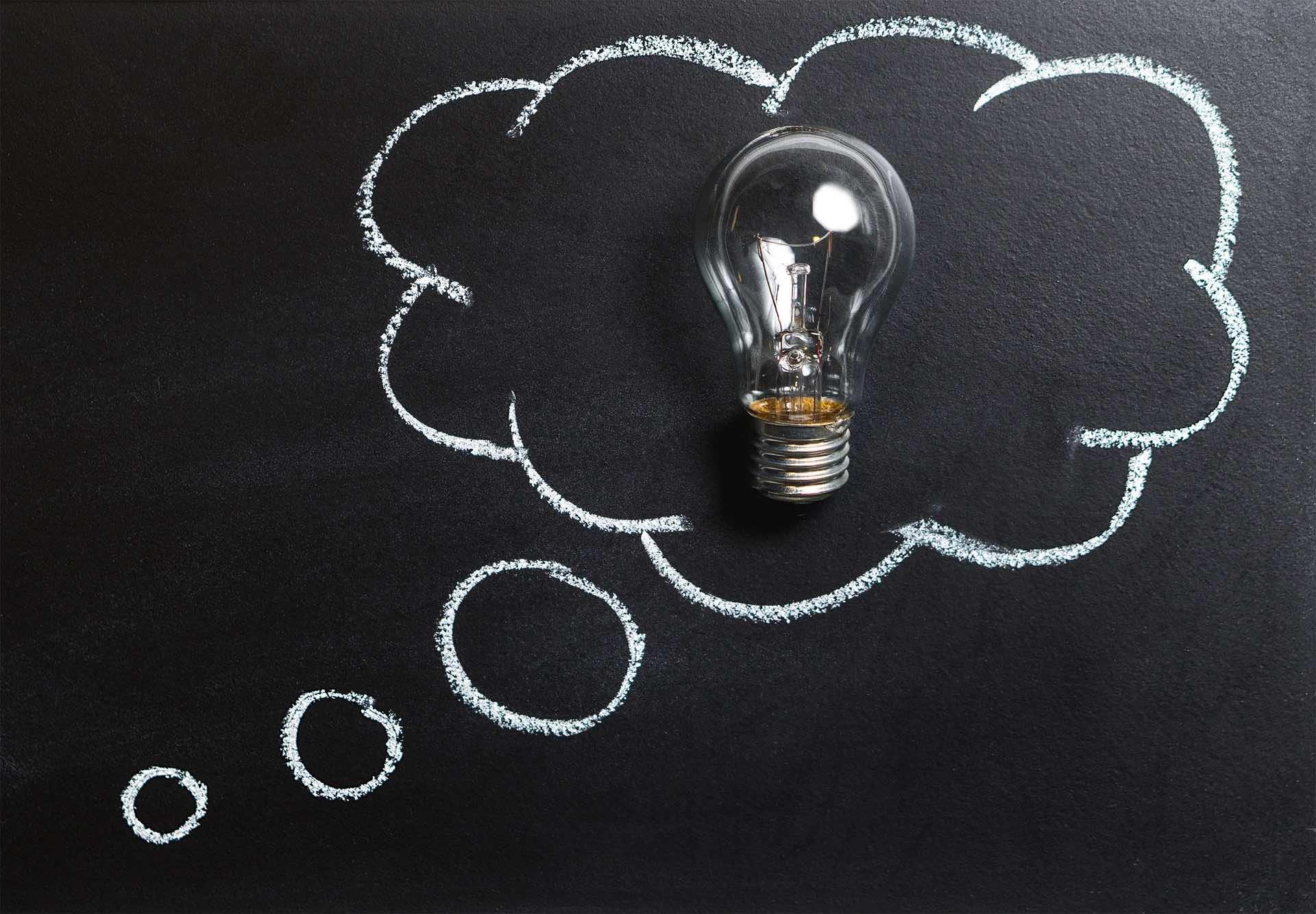 Cover for article 'Tulevaisuuden älykkäät oppimisympäristöt – Tuotteen pedagoginen vaikuttavuus -yritysvalmennus Oulussa'