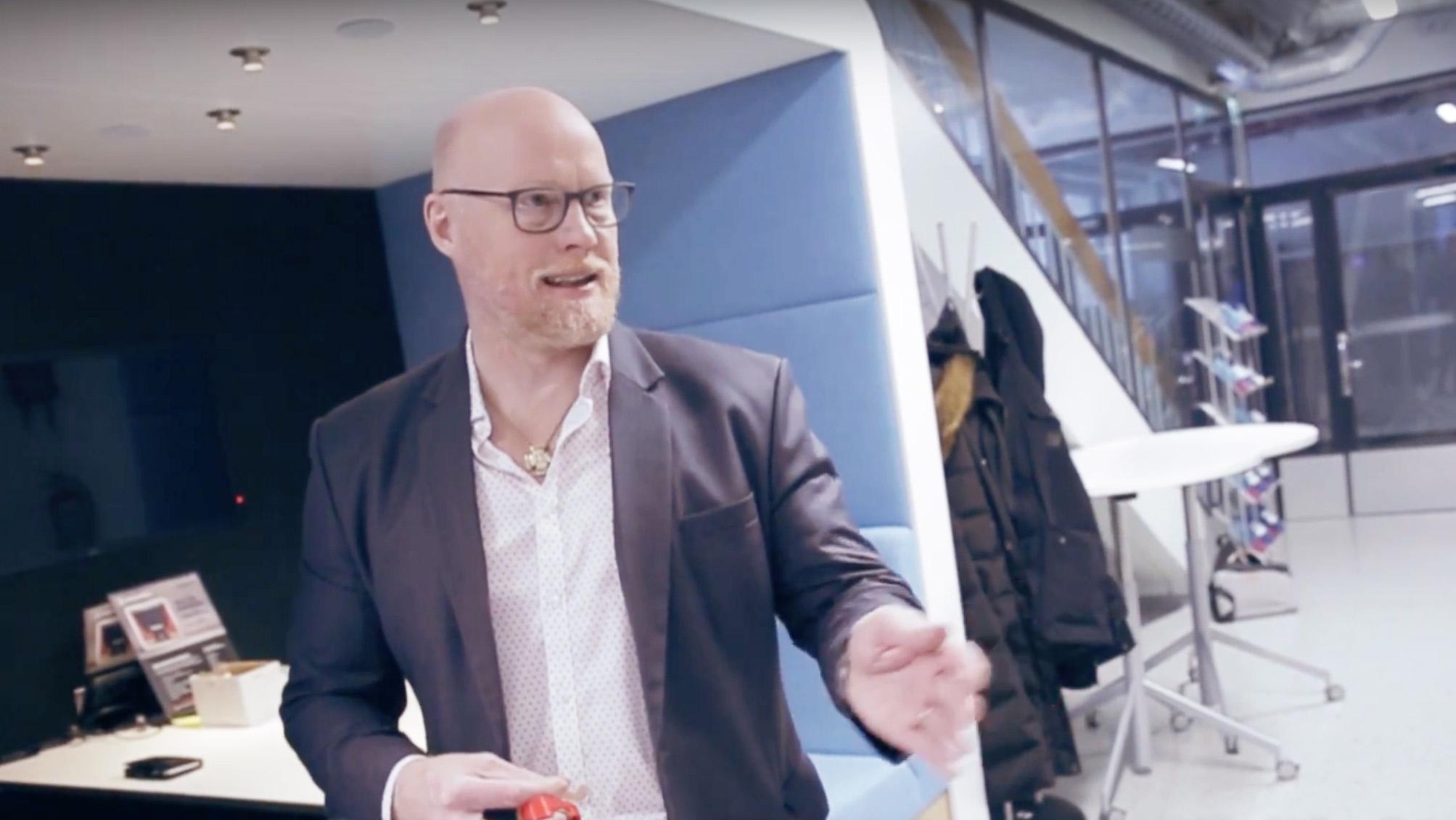Cover for article 'Näin 6Aika on vaikuttanut yrityksiin: Kipuwex ja kipua mittaava laite'