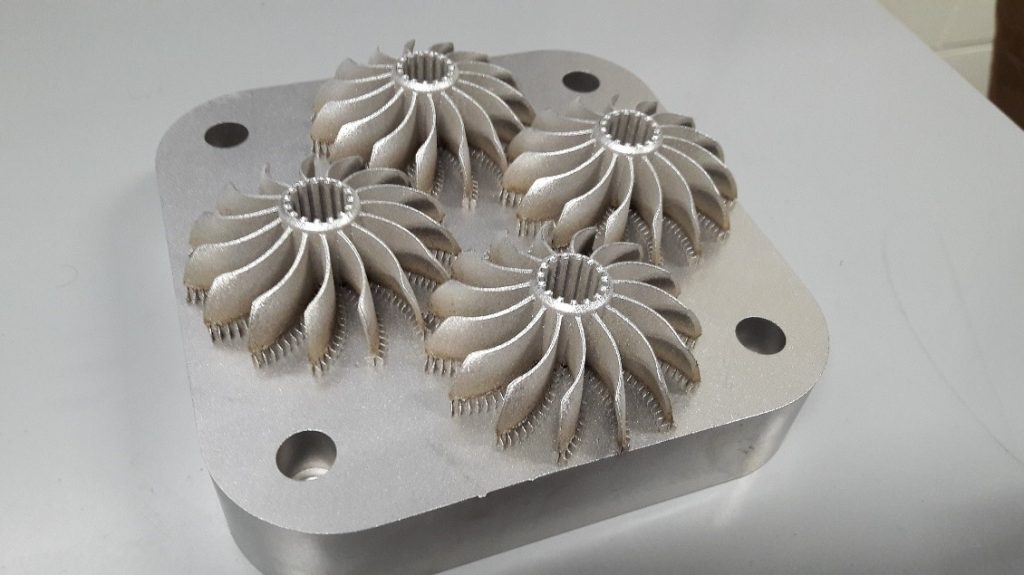Metallitulosteita (AISI 316L) TAMKin SLM Solution 125 HL tulostimella, TAMK